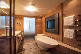 STOCK resort Alpin Lodge Suite - Badezimmer