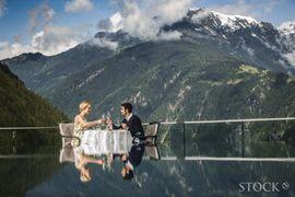 STOCK resort - Panorama Dinner, Ausblick, View, Alpen, Bergwelt, Tirol