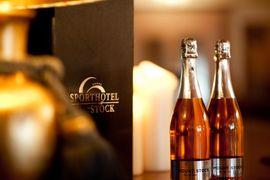 Weingenuss im STOCK resort in Finkenberg im Zillertal, Tirol
