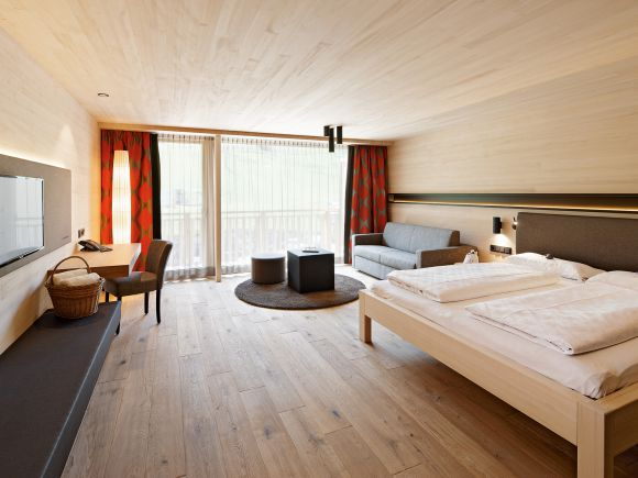 "Doppelzimmer ""Naturkraft"" mit Balkon 1/4"