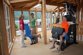 Fitnessgalerie mit Blick auf den Fuschlsee
