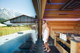 Traumhafte Ausblicke in der Hochkönig-Sauna im Hotel Übergossene Alm