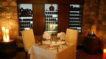 Diner in de wijnkelder