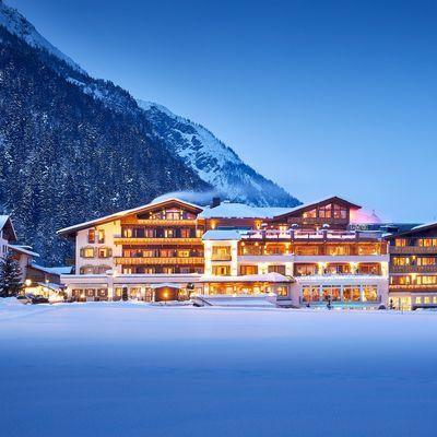 Offer: Tyrol Mountain Christmas - Das Karwendel - Ihr Wellness Zuhause am Achensee