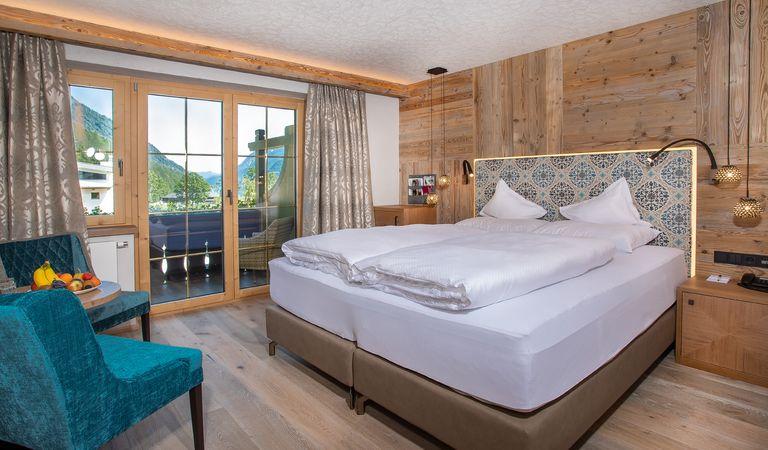 Hotel Room: Junior Wellness Nest