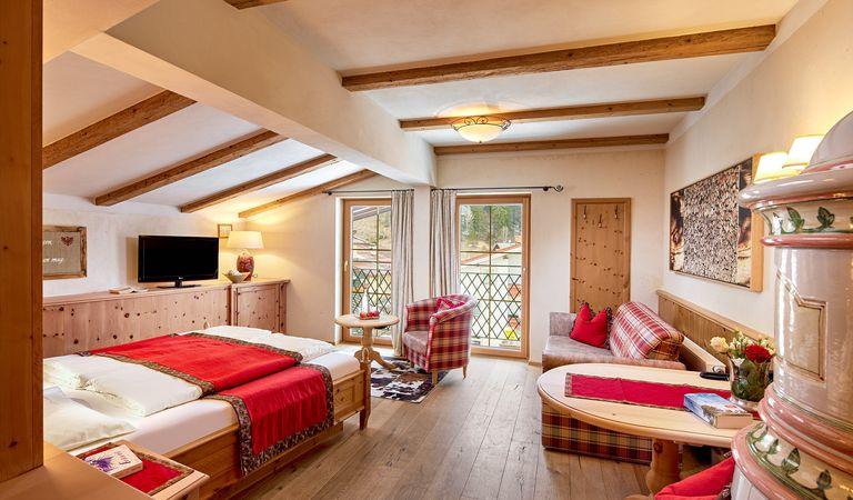 Hotel Room: Organic luxury room