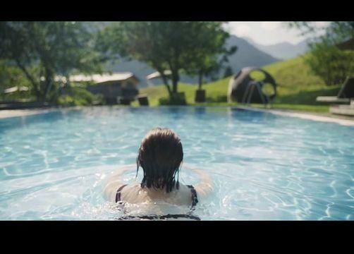 Biohotel Chesa Valisa: Hotelvideo - Das Naturhotel Chesa Valisa, Hirschegg/Kleinwalsertal, Vorarlberg, Österreich