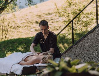 Biohotel Chesa Valisa Hirschegg Wellness Massage