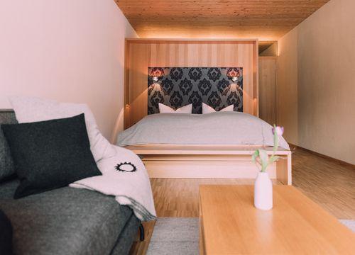 Biohotel Chesa Valisa Hirschegg Appartement Königskerze Family (1/6) - Das Naturhotel Chesa Valisa