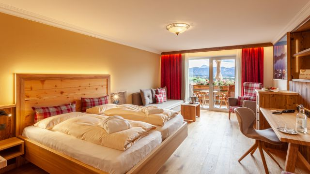 "Double Room SUPERIOR ""Top of the Mountain """