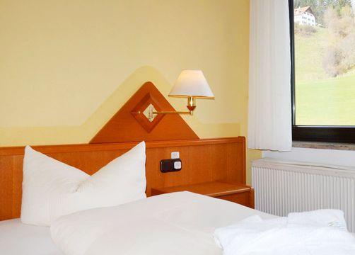 "Double Room ""Meadow"" BASIC (4/5) - Biohotel Eggensberger"
