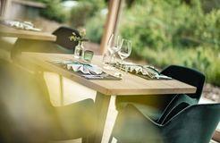 Tauber's Bio-Vitalhotel: Speisen im stilvollem Ambiente - Tauber's Bio-Wander-Vitalhotel, St. Sigmund, Trentino-Südtirol, Italien