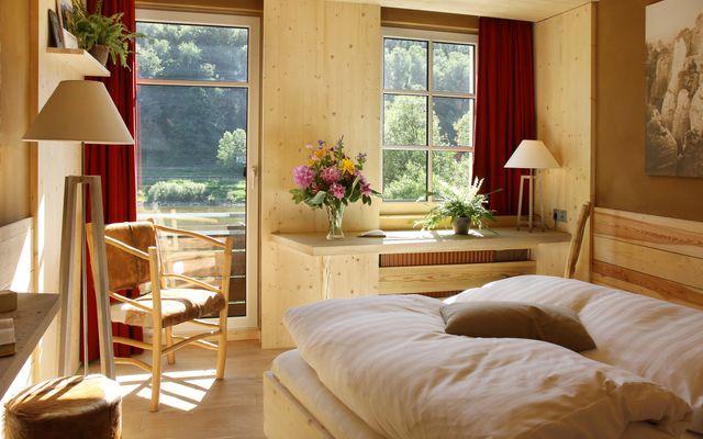 Öko-Komfortzimmer zur Elbseite