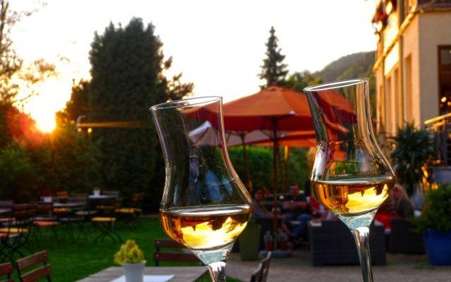 Biohotel Helvetia: Laue Sommerabende im Garten genießen!