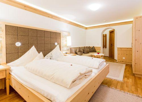 Swiss stone pine organic room without balcony (1/1) - Biohotel Schweitzer