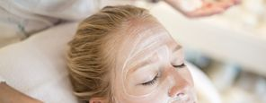 Hildegard Health Treatments: Warming facial healing mask with peel and lymph draining
