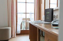 "Comfort Single Room ""Holunder"" with Balcony (2/4) - moor&mehr Bio-Kurhotel"