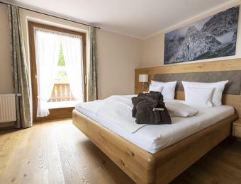 """Double room """"Minze"""" (two beds) - moor&mehr Bio-Kurhotel"""
