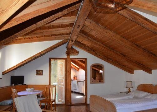 BIO HOTEL Anna: Ferienwohnung A - Landhotel Anna & Reiterhof Vill, Schlanders, Vinschgau, Trentino-Südtirol, Italien