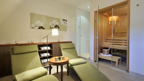 SPA Suite 28