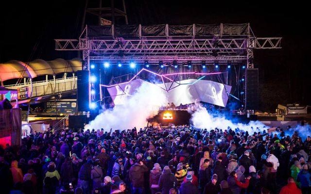 25 Jahre --- RAVE ON SNOW ---
