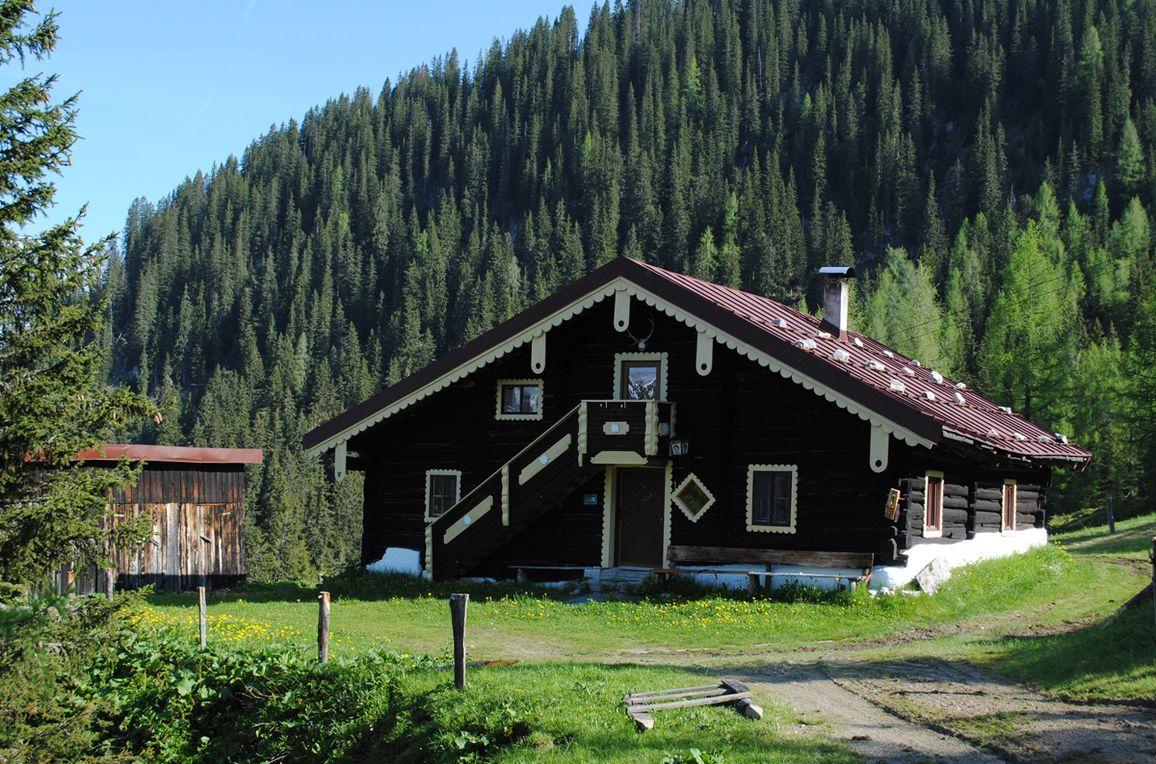 Firstwandhütte I, Rueckansicht