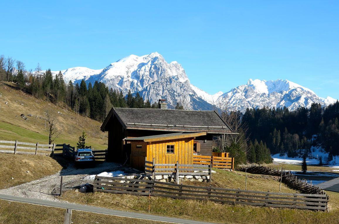 Oberholzerhütte, winter