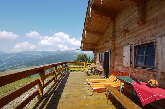 Terrasse, Kogelalm in Hainzenberg, Tirol, Tirol, Österreich
