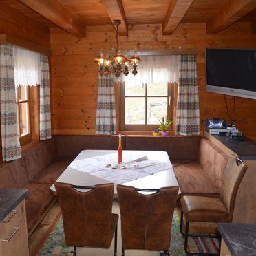 Kotmarhütte, Diningtable