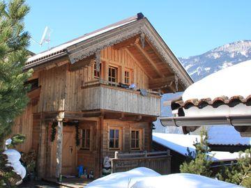 h tten urlaub ber silvester in den alpen mieten almh tten und chalets in den alpen. Black Bedroom Furniture Sets. Home Design Ideas