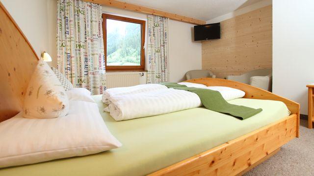 Föhren-Doppelzimmer Stillebach