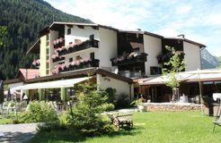 Hotel Sommer Terrasse - Biohotel Stillebach, St. Leonhard im Pitztal, Tirol, Österreich