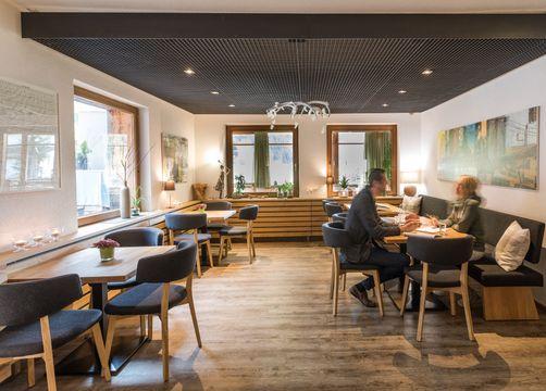Biohotel Stillebach: Unser Restaurant Grünzeug - Biohotel Stillebach, St. Leonhard im Pitztal, Tirol, Österreich