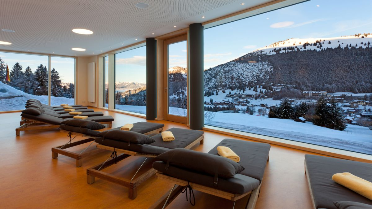 Ski, Snow & Wellness