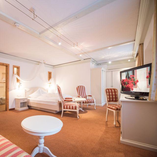 Angelus Standard Room