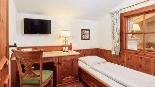 Penthouse Suite 2/4