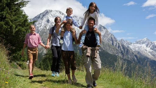 Familienurlaub im Antholzertal - ein Ferienparadies für jede Jahreszeit.