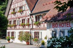 BIO HOTEL Adler: Außenansicht Vorderseite - Bio-Adler, Vogt, Baden-Württemberg, Deutschland