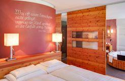 Biohotel Holzleiten Hotel Suite mit Wanne (2/4) - Bio-Wellnesshotel Holzleiten