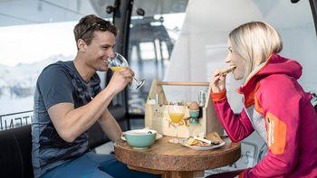 Breakfast in a gondola | Gourmet breakfast