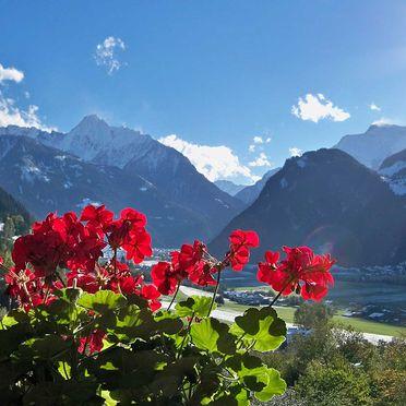Aussicht, Bergchalet Klausner Kuschelsuite, Ramsau im Zillertal, Tirol, Tirol, Österreich