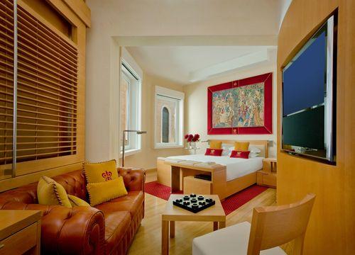 Richard Meier Executive Junior Suite (1/1) - Hotel Raphaël