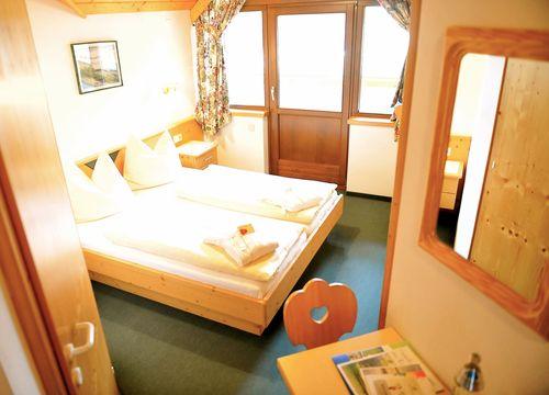 Biohotel Pirkers Zimmer Gmiatlich (1/2) - Pirker's Natur & Bio- Familienhotel