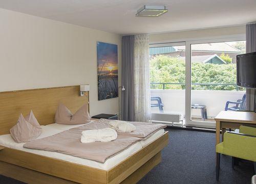 Organic junior suite with balcony (1/3) - Biohotel Strandeck