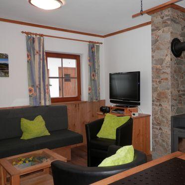 couch, Schönberghütte am Feuerkogel in Ebensee, Oberösterreich, Upper Austria, Austria