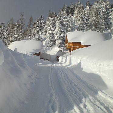 Holzknechthütte, Winter - access road