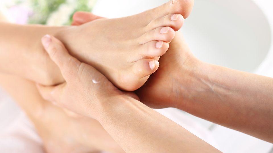 Fuß- und Wadlmassage