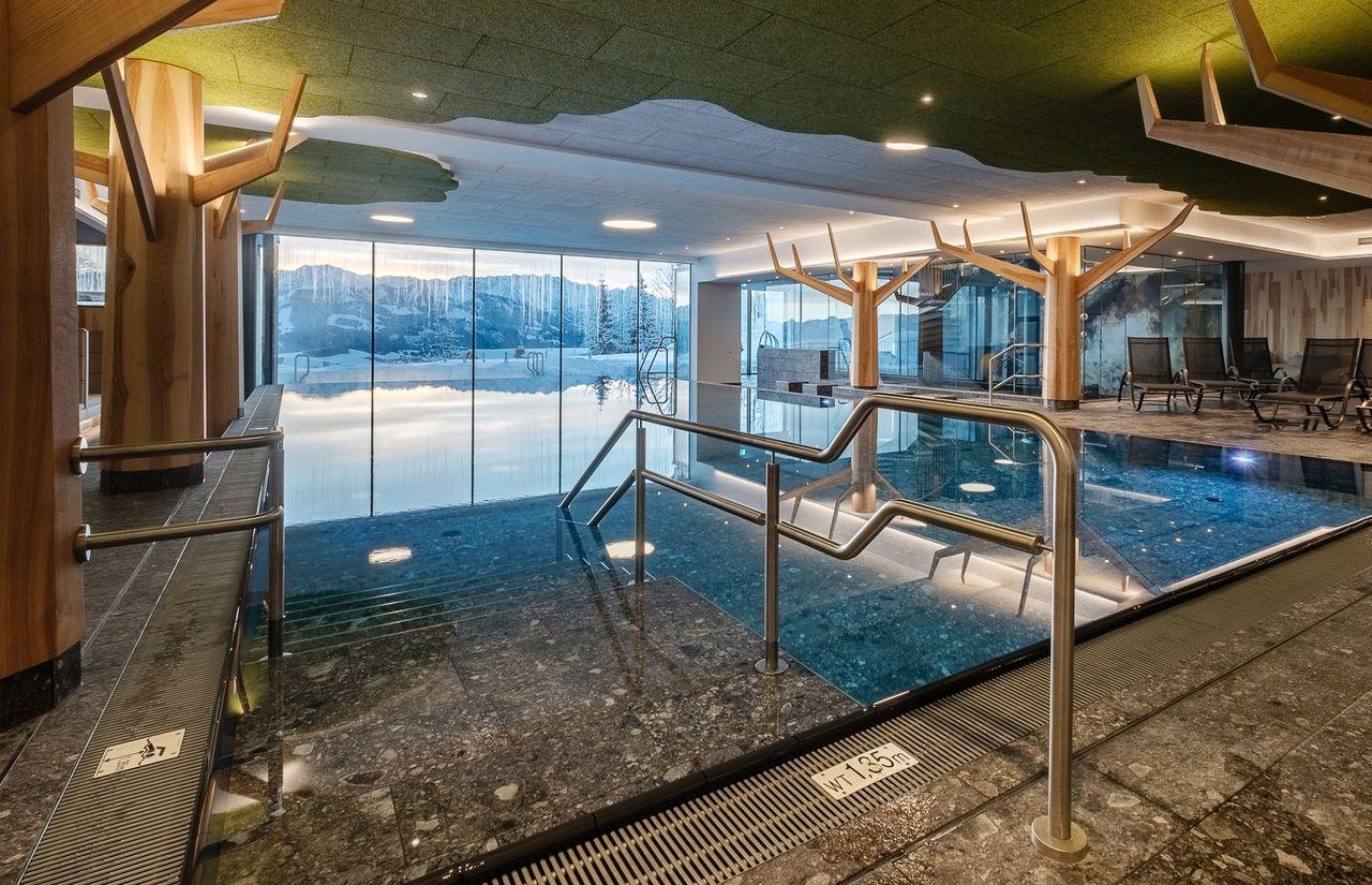 IMP_Familienhotel_Allgäuer_Berghof_Schwimmbad.jpg