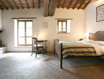 "Double Room ""Turkey Oak"" - Bio-Agriturismo La Cerqua"
