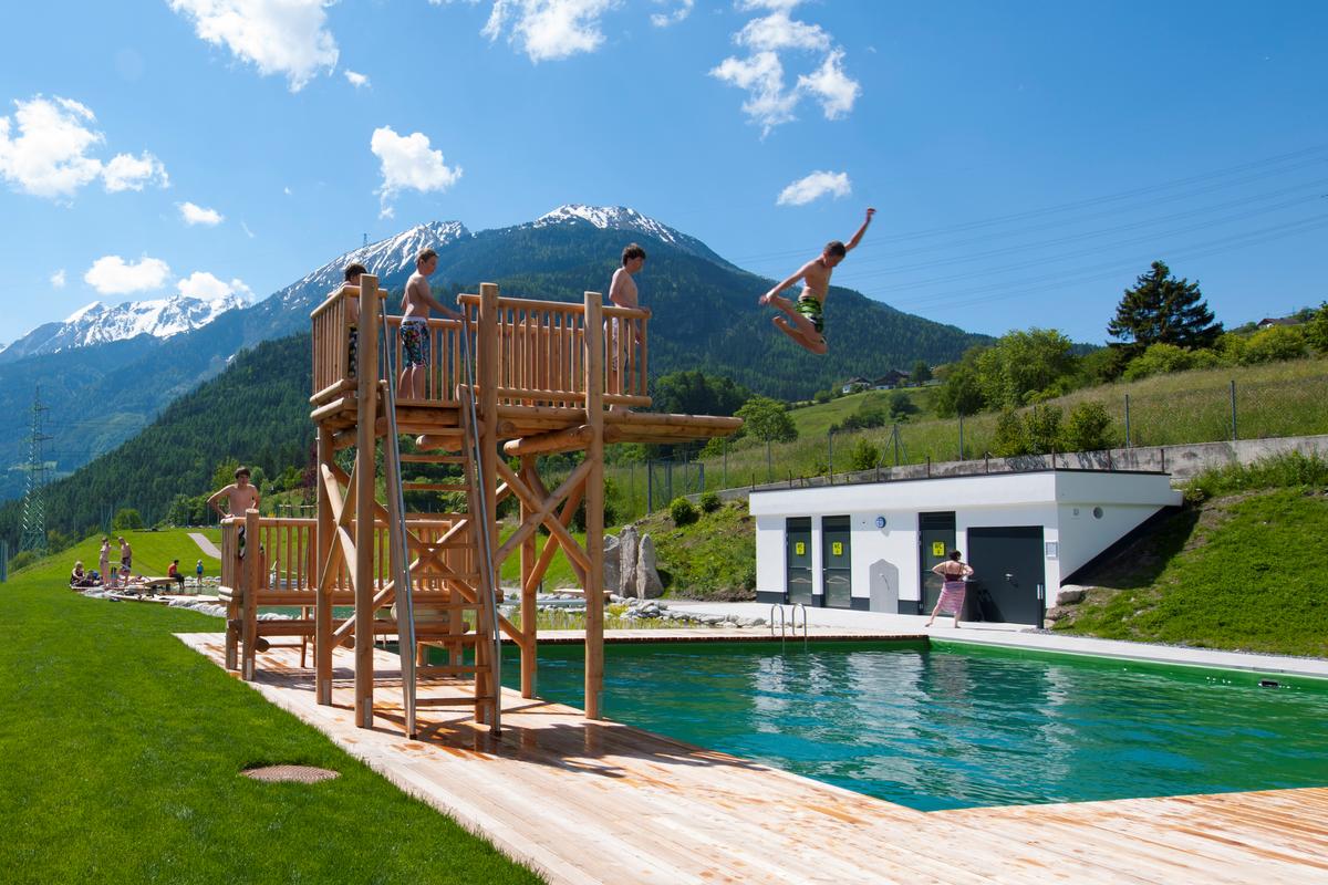 Badespaß und Bergabenteuer XL